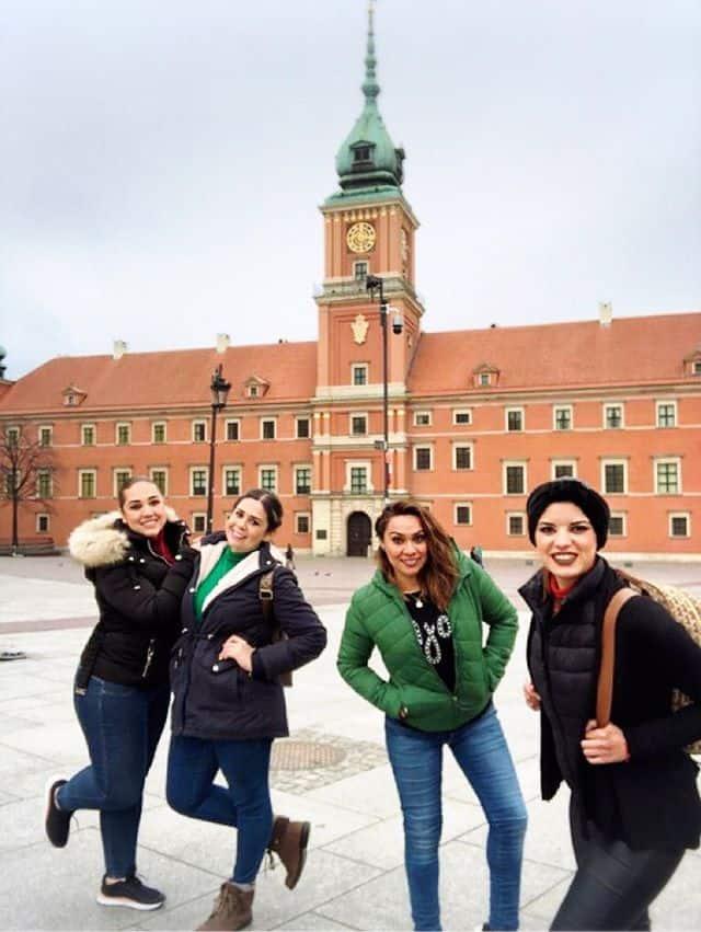 Mirey Montaño,Noemi Montaño,Blanca Avila yLillian Sanchez en Varsovia